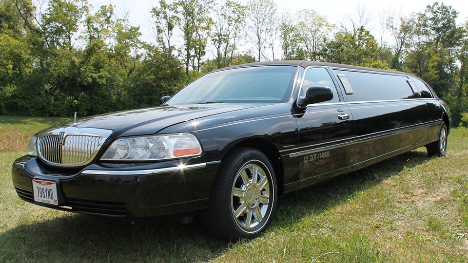 Black Lincoln Town Car Limo Jimmy S Limousine Service